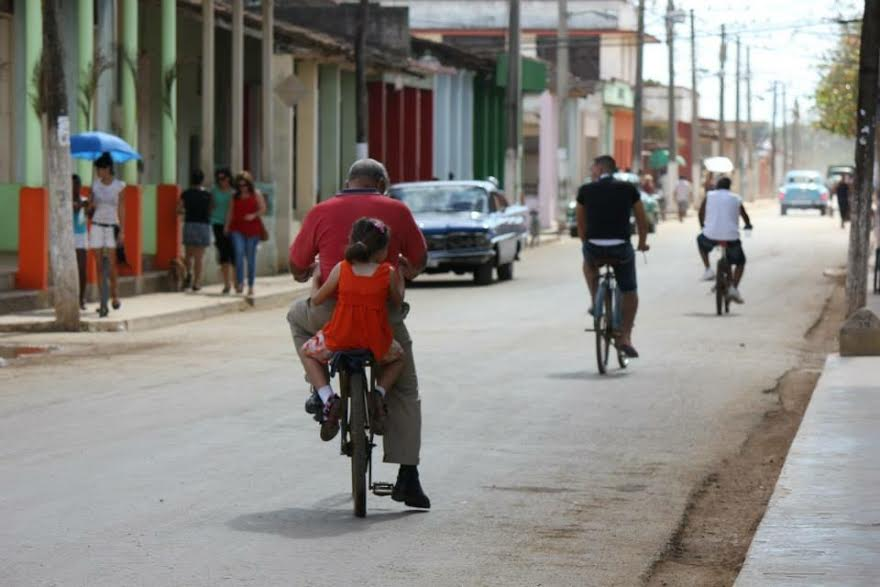 U.S. and Cuban Relations: Obama dangling visit to Cuba in attempt to push agenda for the Cuban people