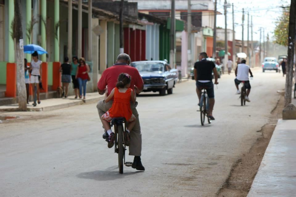 """A quiet man"" Manuel Diaz-Canel to replace Castro leadership"