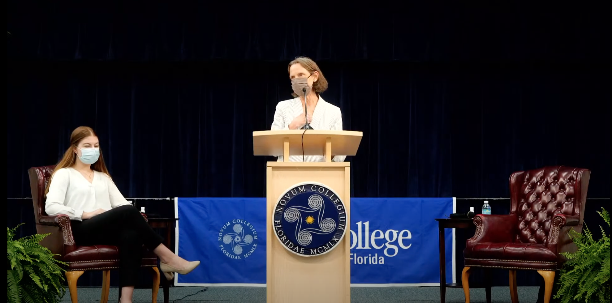 Presidential candidate Patricia Okker visits New College, reflects about her own college experience
